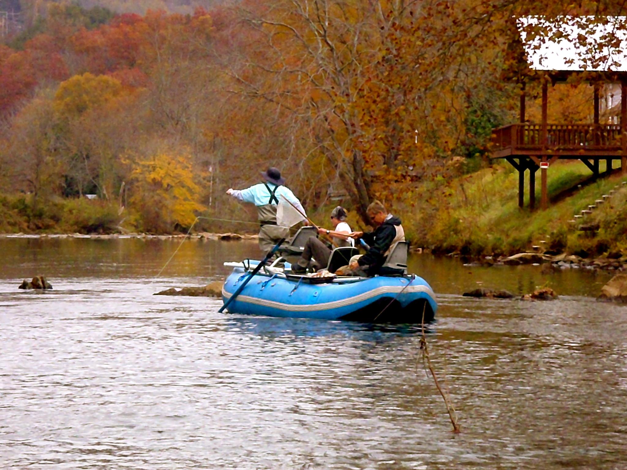 Fly fish the western north carolina fly fishing trail for Fly fishing guides north carolina