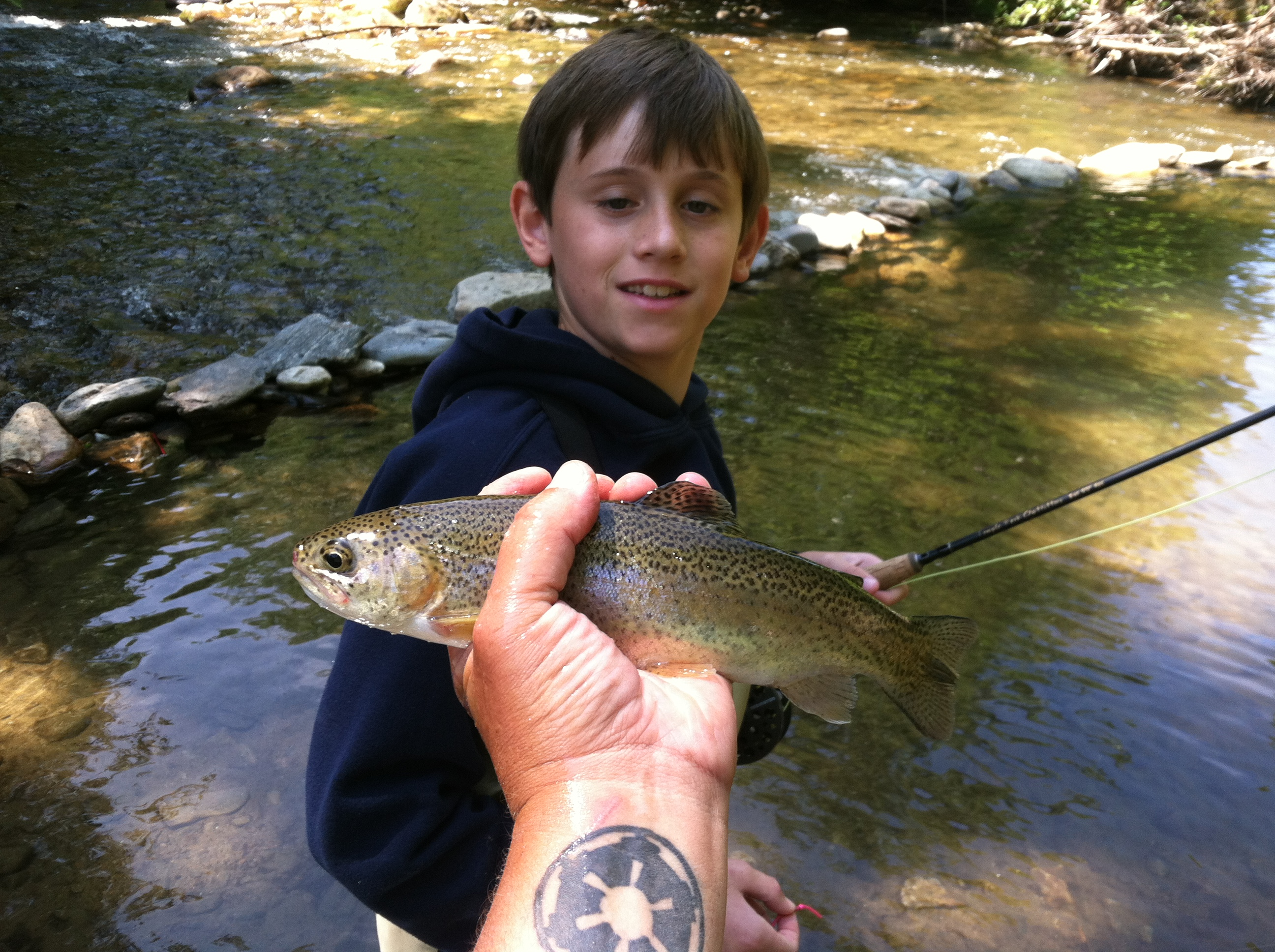 Fly fishing guides for cherokee north carolina hookers for Fly fishing cherokee nc