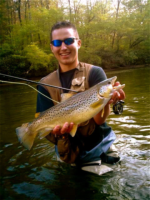 Nc fly fishing guides hookers fly shop and guide service for Gatlinburg trout fishing