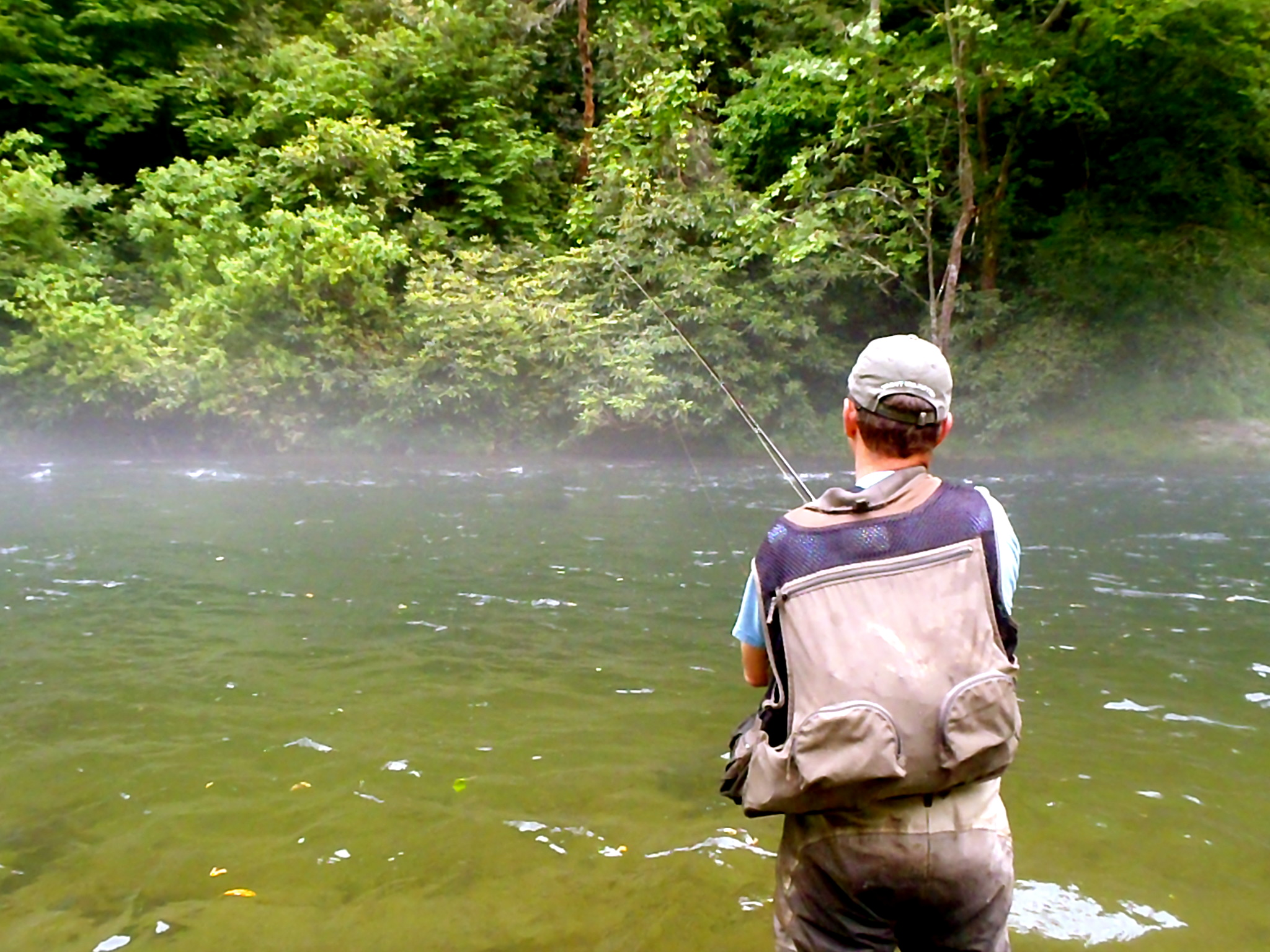 Guided fly fishing in western north carolina hookers fly for Fly fishing cherokee nc